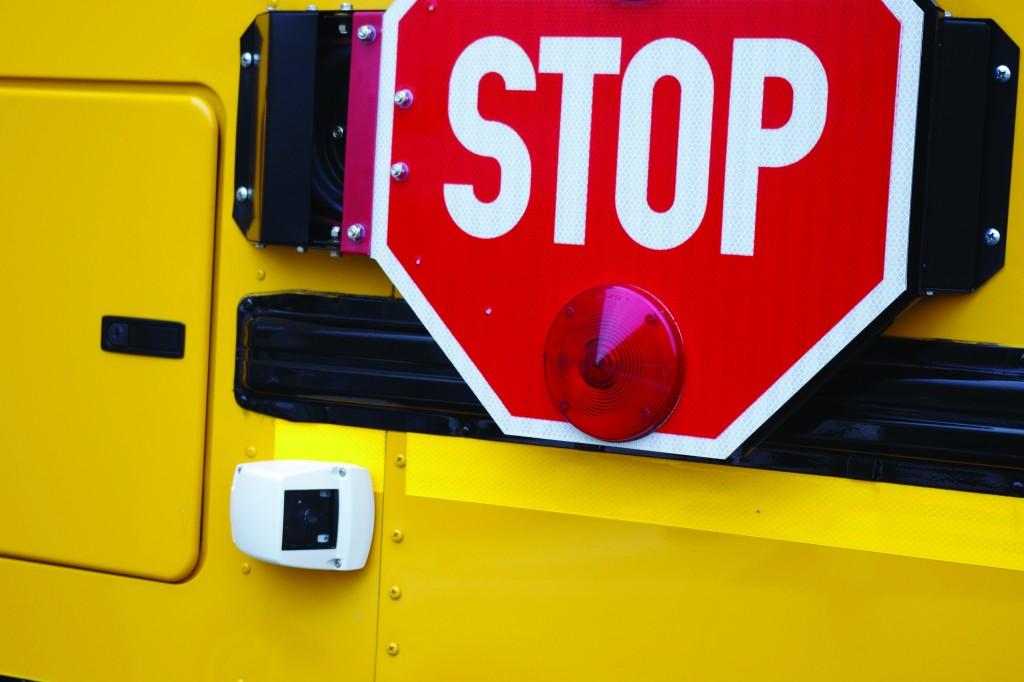 Seon_Stop_arm_Camera_on_School_Bus